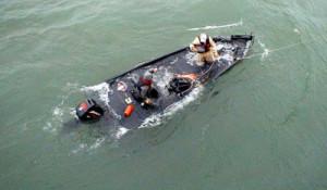 capsizing_615c